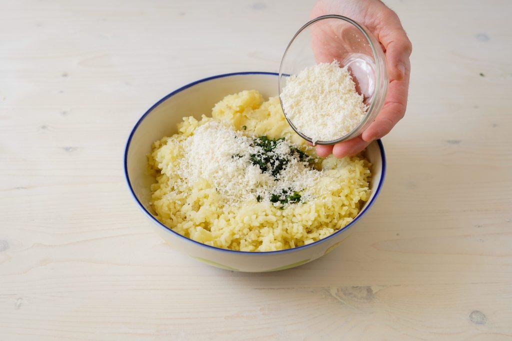 aggiungere parmigiano
