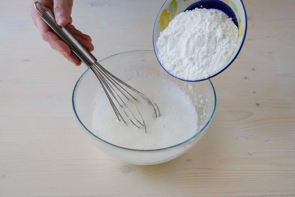 aggiungere zucchero a velo