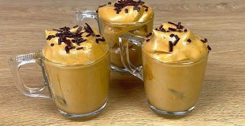 Crema cappuccino fredda: la ricetta del dessert veloce e cremoso pronto in 5 minuti