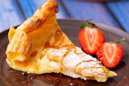 Dutch baby pancake: la ricetta dei pancakes al forno soffici e senza lievito