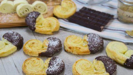 Ventagli al cocco e cioccolato: la ricetta dei dolcetti di pasta sfoglia semplici e veloci