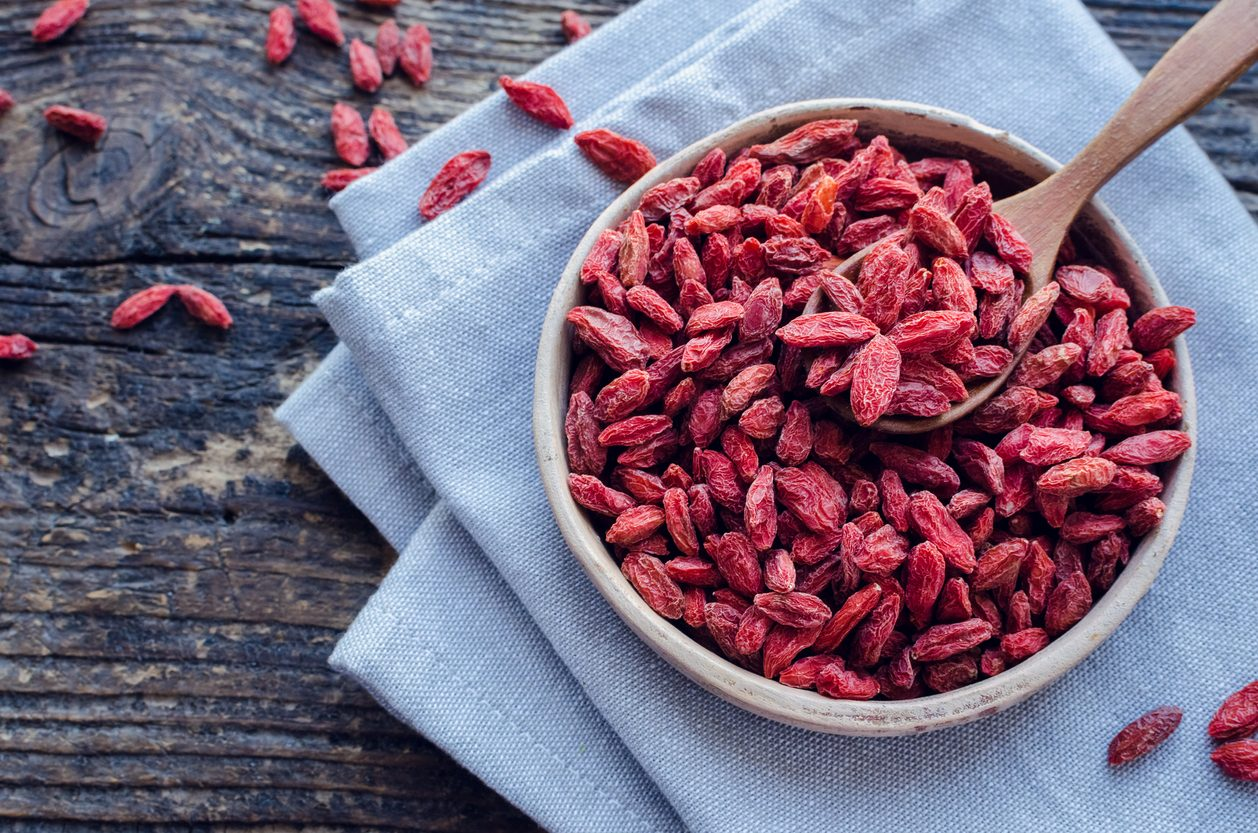 Bacche di Goji: proprietà, benefici e come usarle in cucina