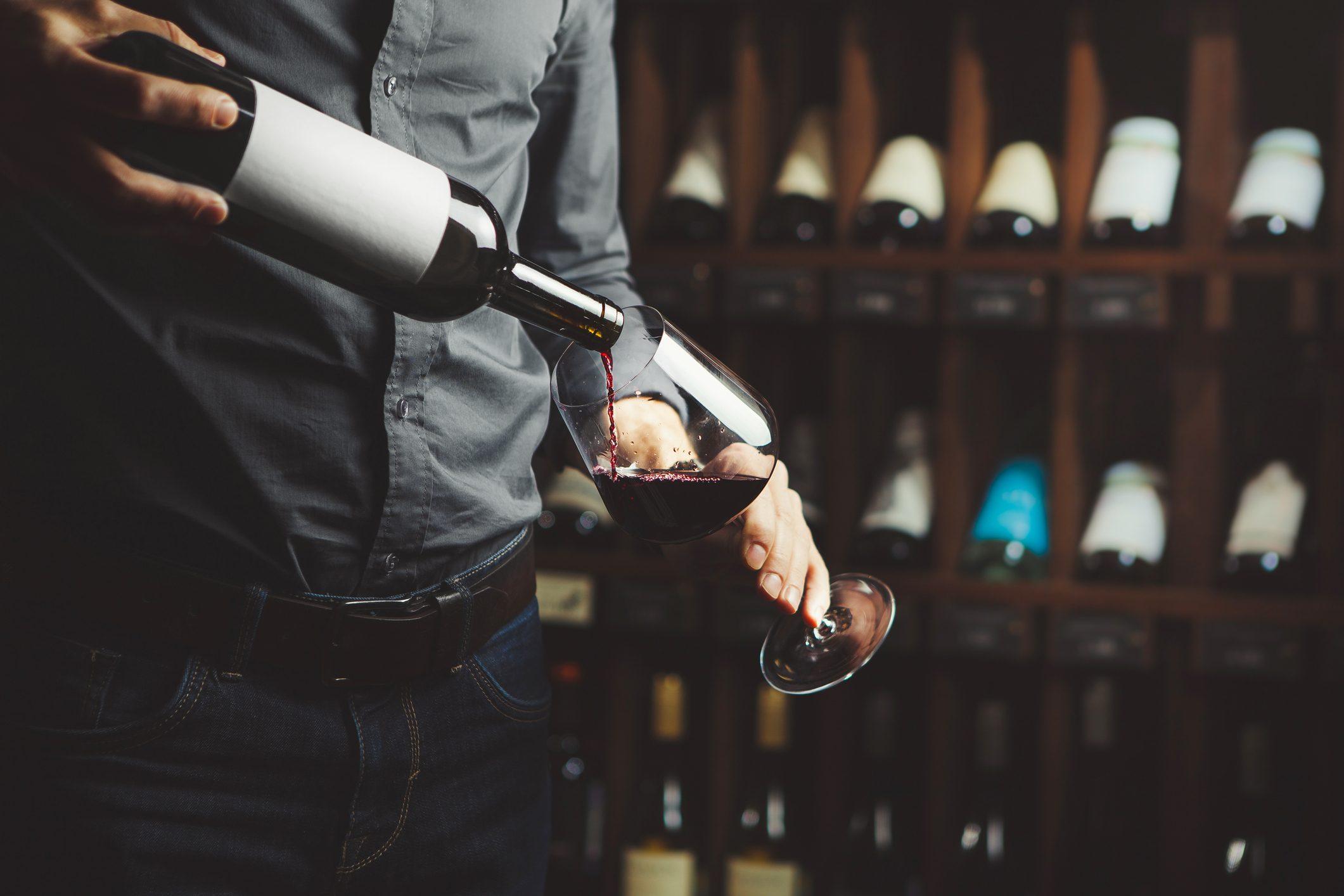Vino, per la prima volta un italiano diventa Masters of Wine