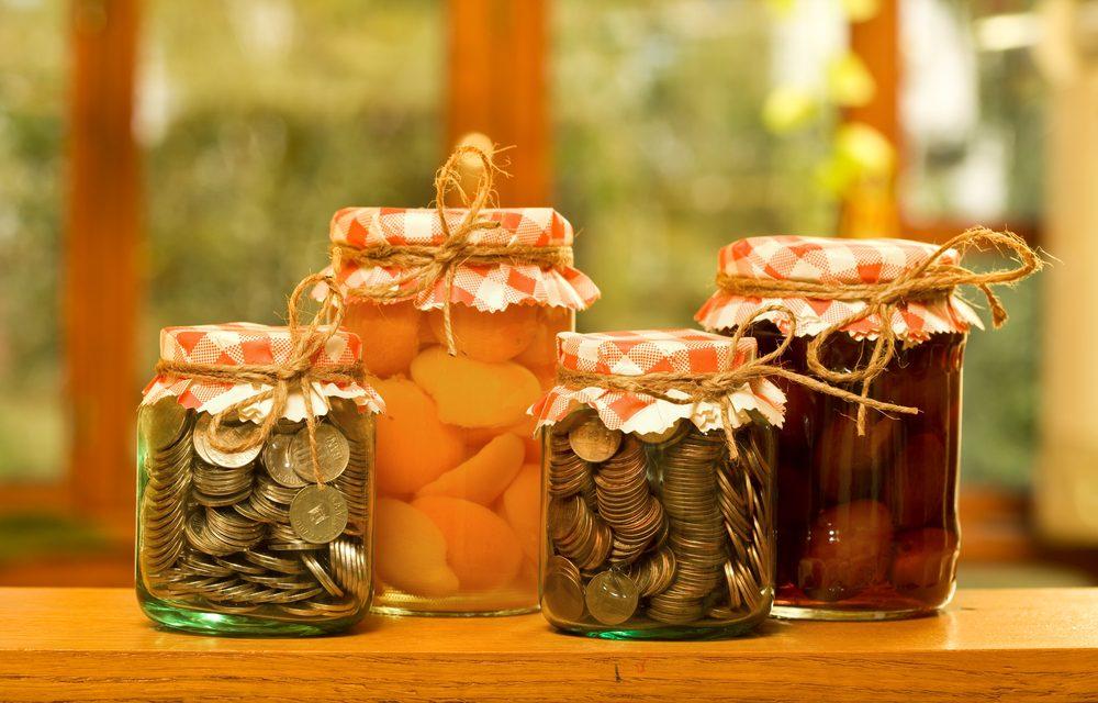 Come risparmiare sulla spesa quotidiana: tutti i consigli per mangiare bene spendendo meno