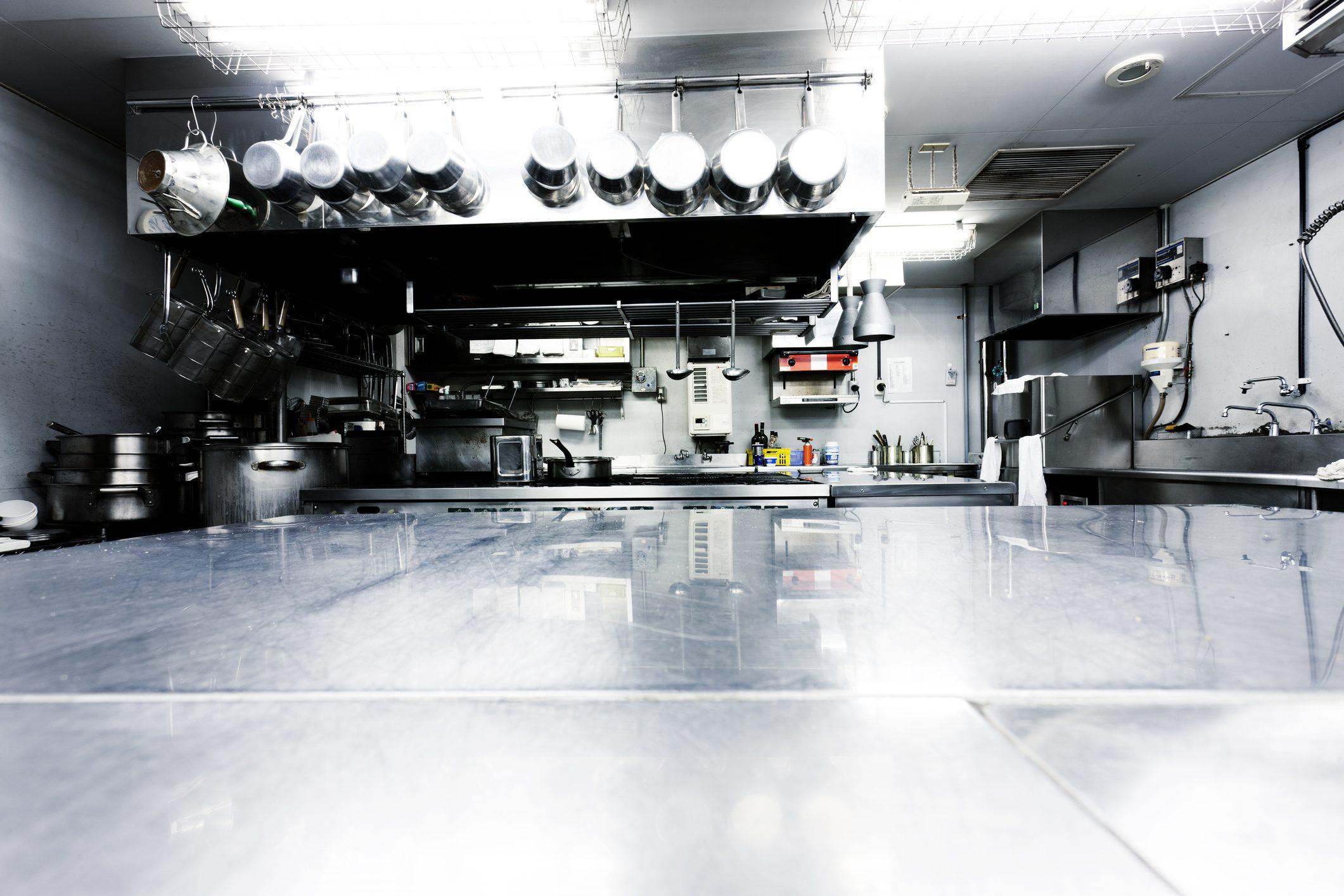 La ristorazione sull'orlo del baratro: a rischio chiusura 50mila locali, persi 15 miliardi
