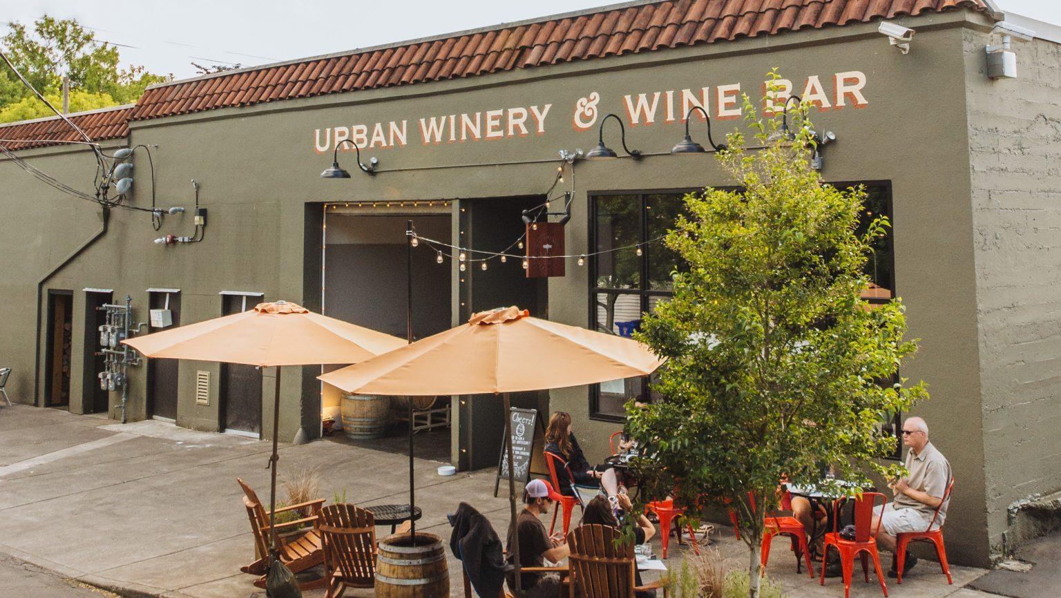 Quando il vino si fa in città: cos'è il fenomeno delle urban wineries