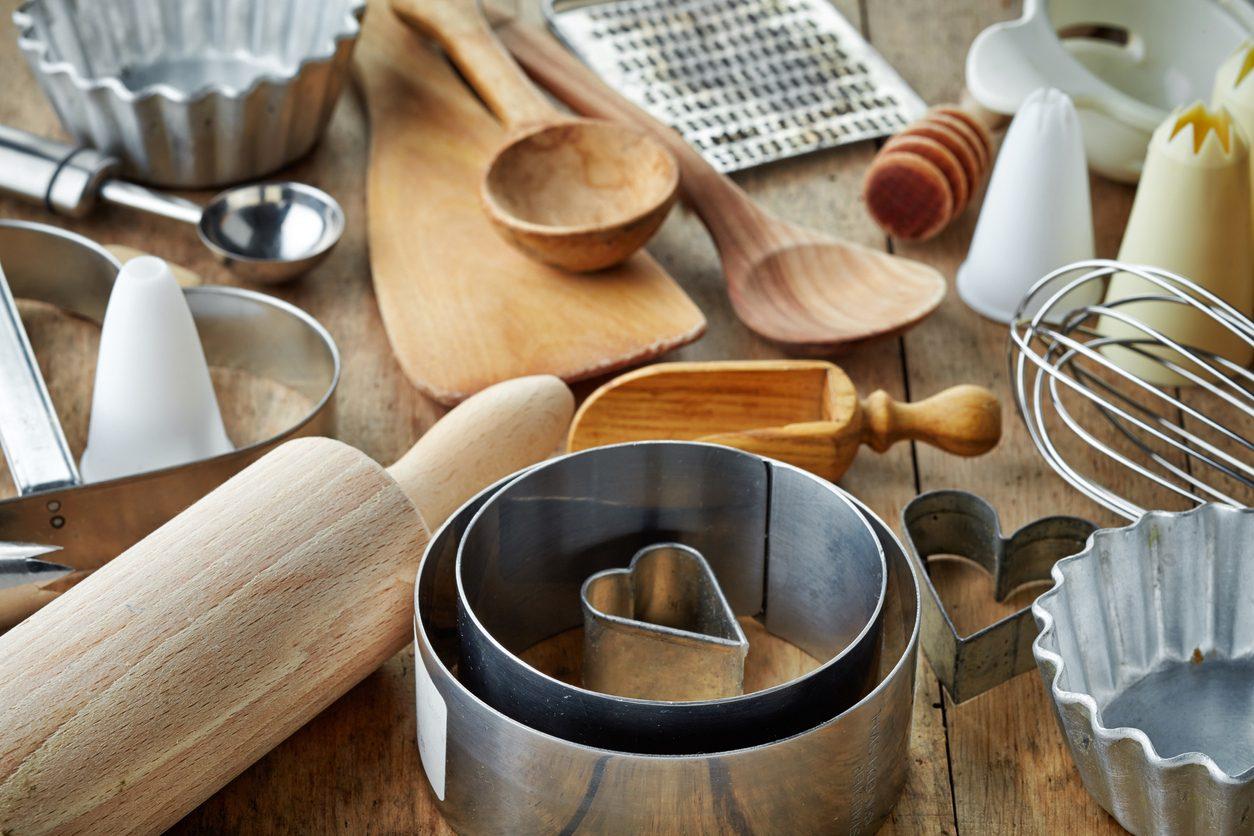 Utensili da cucina: i consigli su come trattarli per conservarli più a lungo possibile