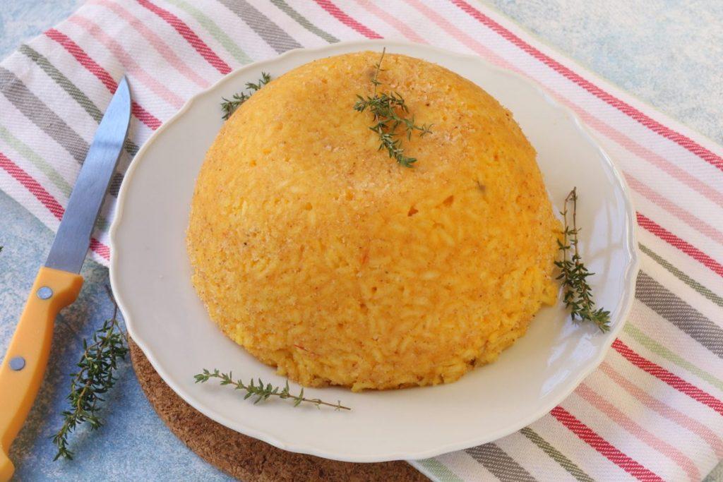 servire la bomba di riso