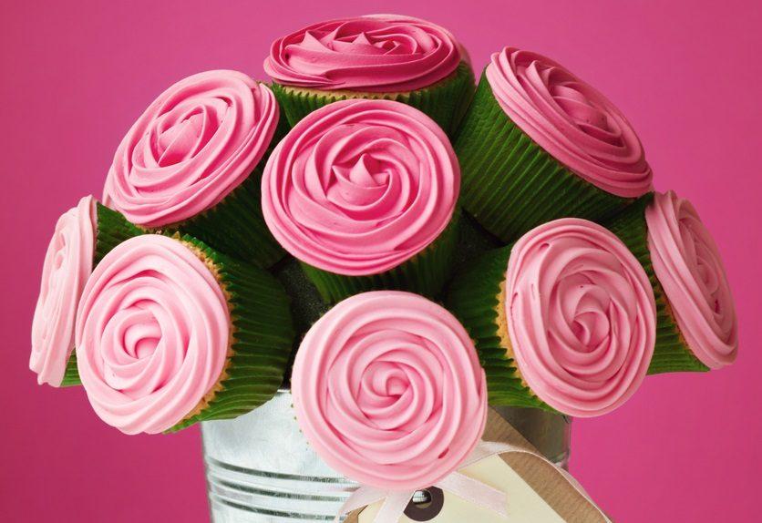 Bouquet di cupcake: la ricetta del dolce delizioso e scenografico