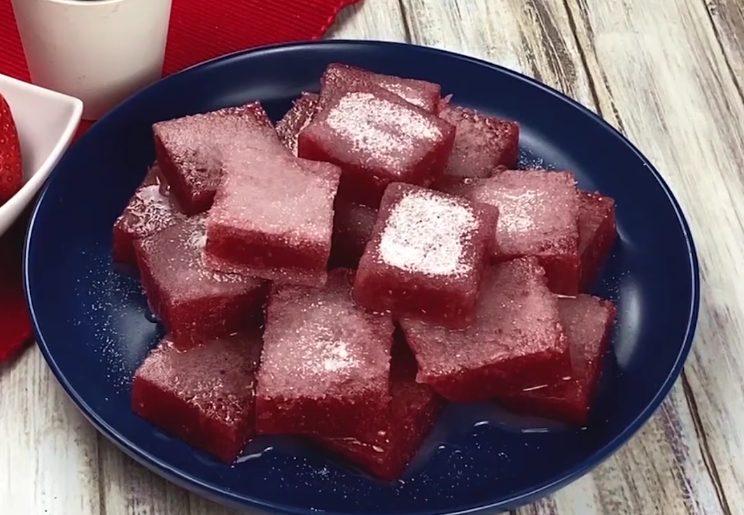 Caramelle gelée: la ricetta delle gelatine alla fragola morbide e golose