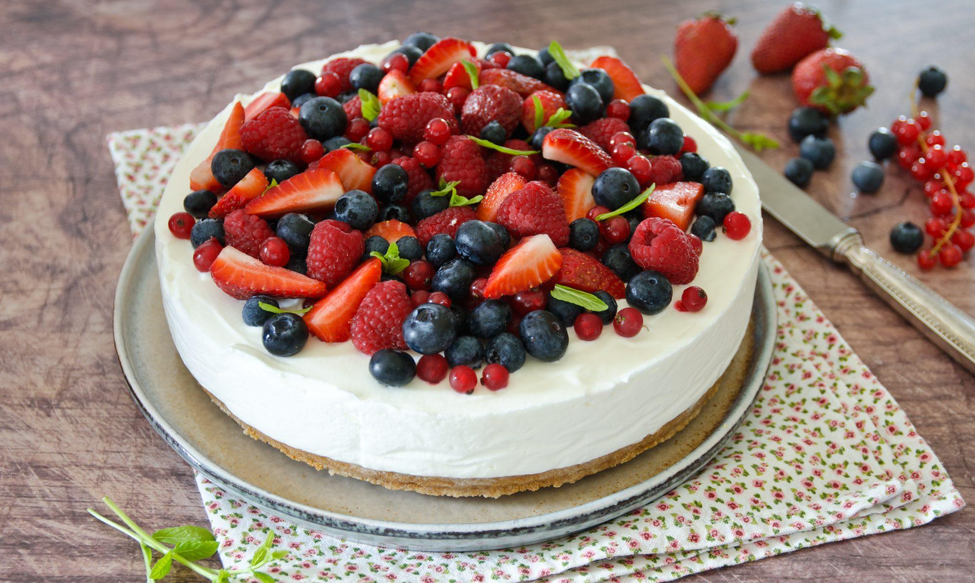 Cheesecake fredda senza gelatina: la ricetta del dessert goloso e senza cottura
