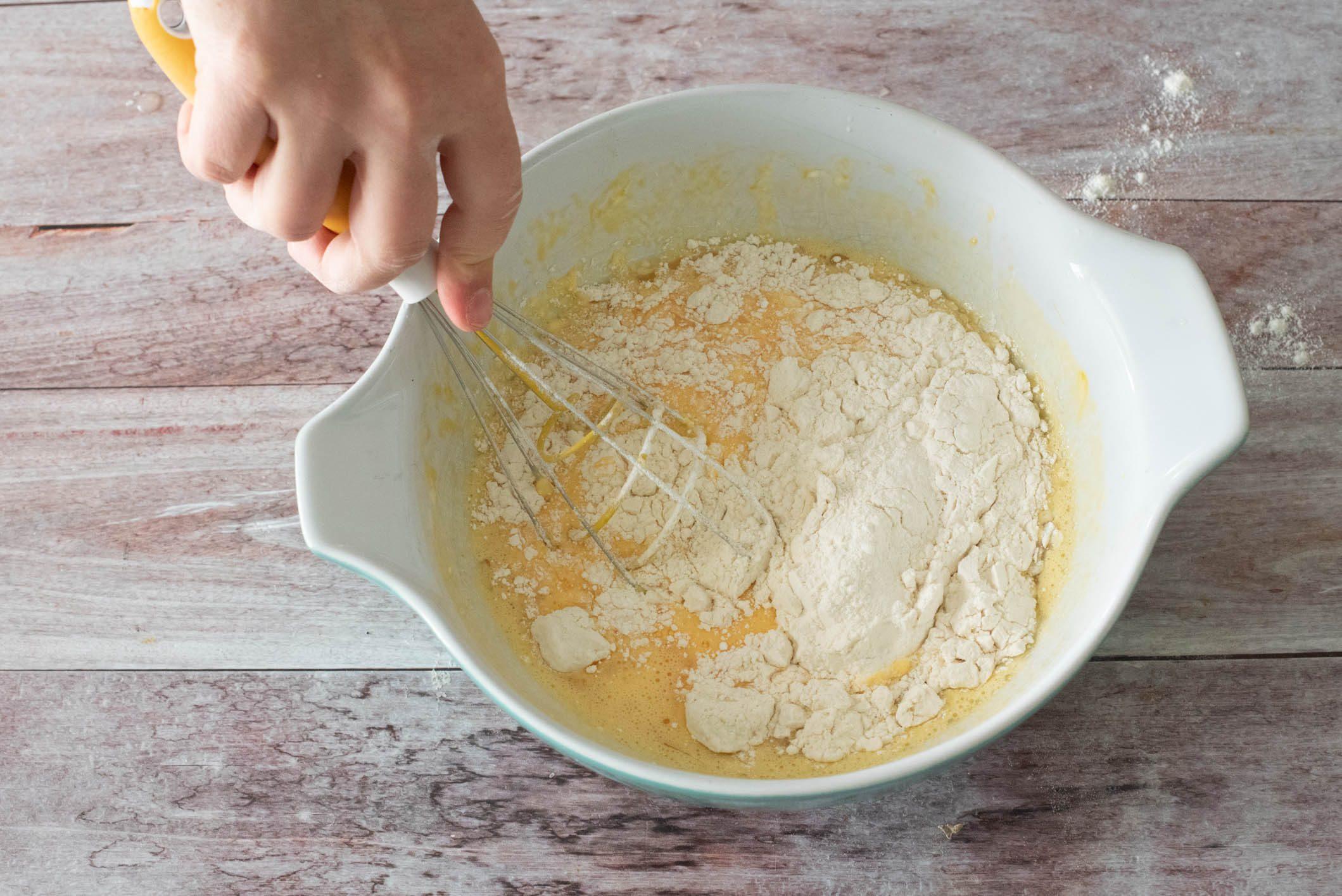 Ciambella salata allo yogurt speck e provola