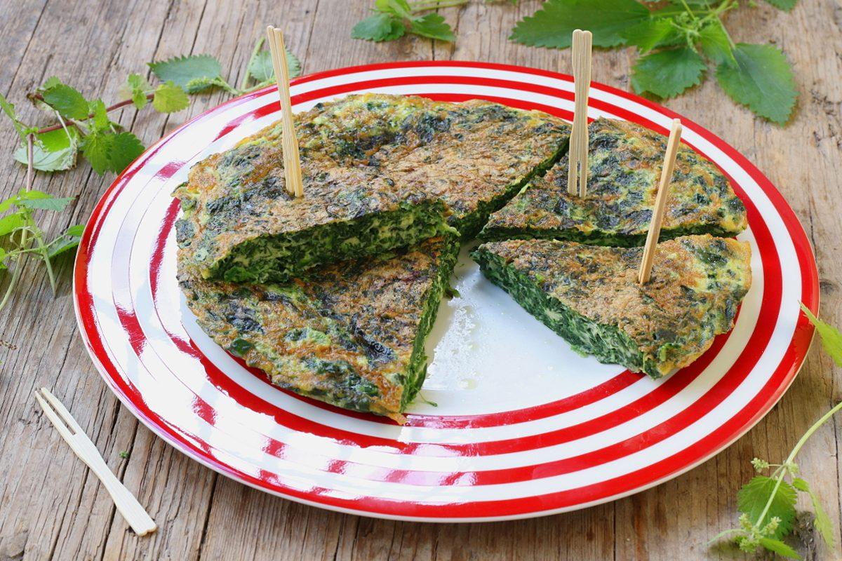 Frittata di ortiche: la ricetta del piatto originale e gustoso