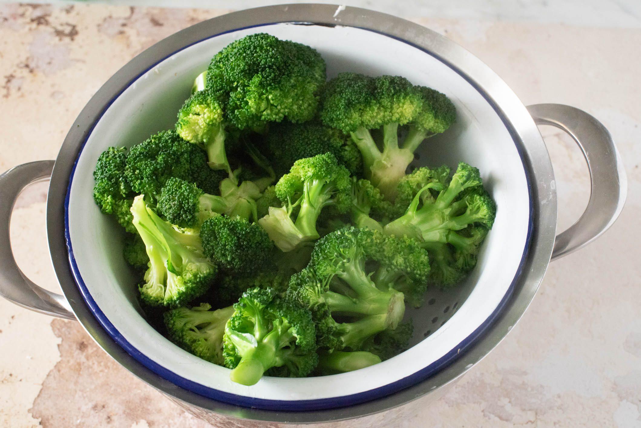 Girelle con broccoletti prosciutto e scamorza