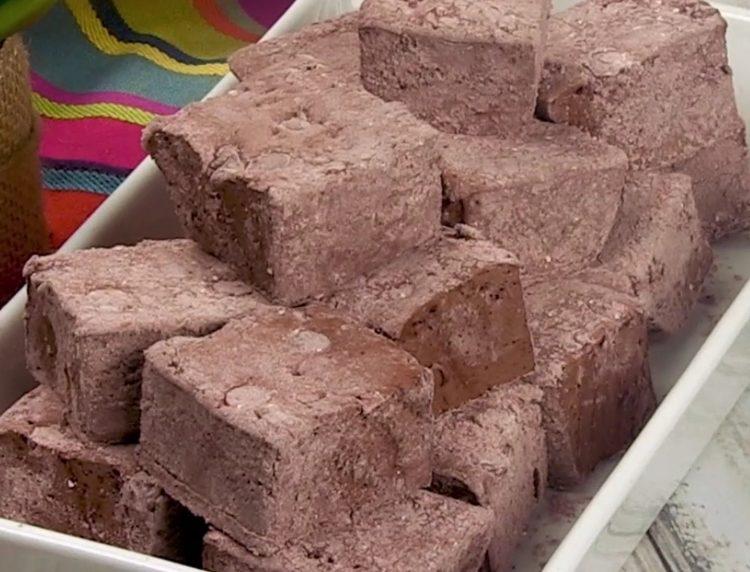 Marshmallow al cioccolato: la ricetta dei dolcetti soffici e deliziosi
