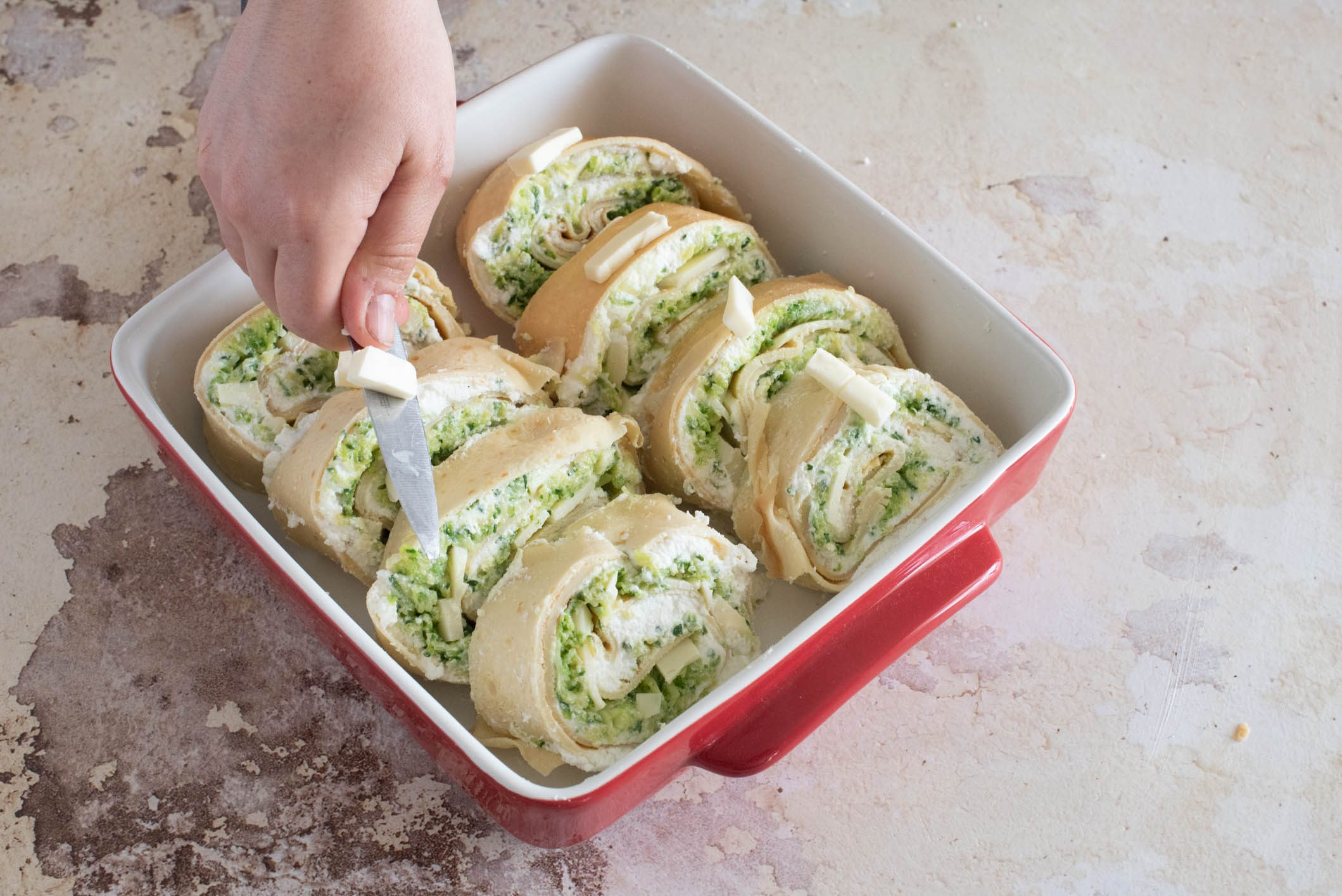 Rotolo di crespelle con zucchine