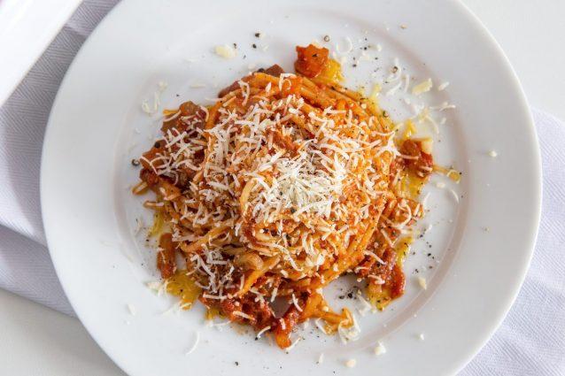 spaghetti rancetto cosa mangiare assisi Spoleto piatti tipici Umbria