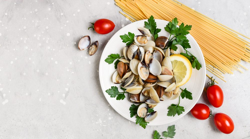 Pasta con le vongole: le tante varianti di un piatto che unisce l'Italia