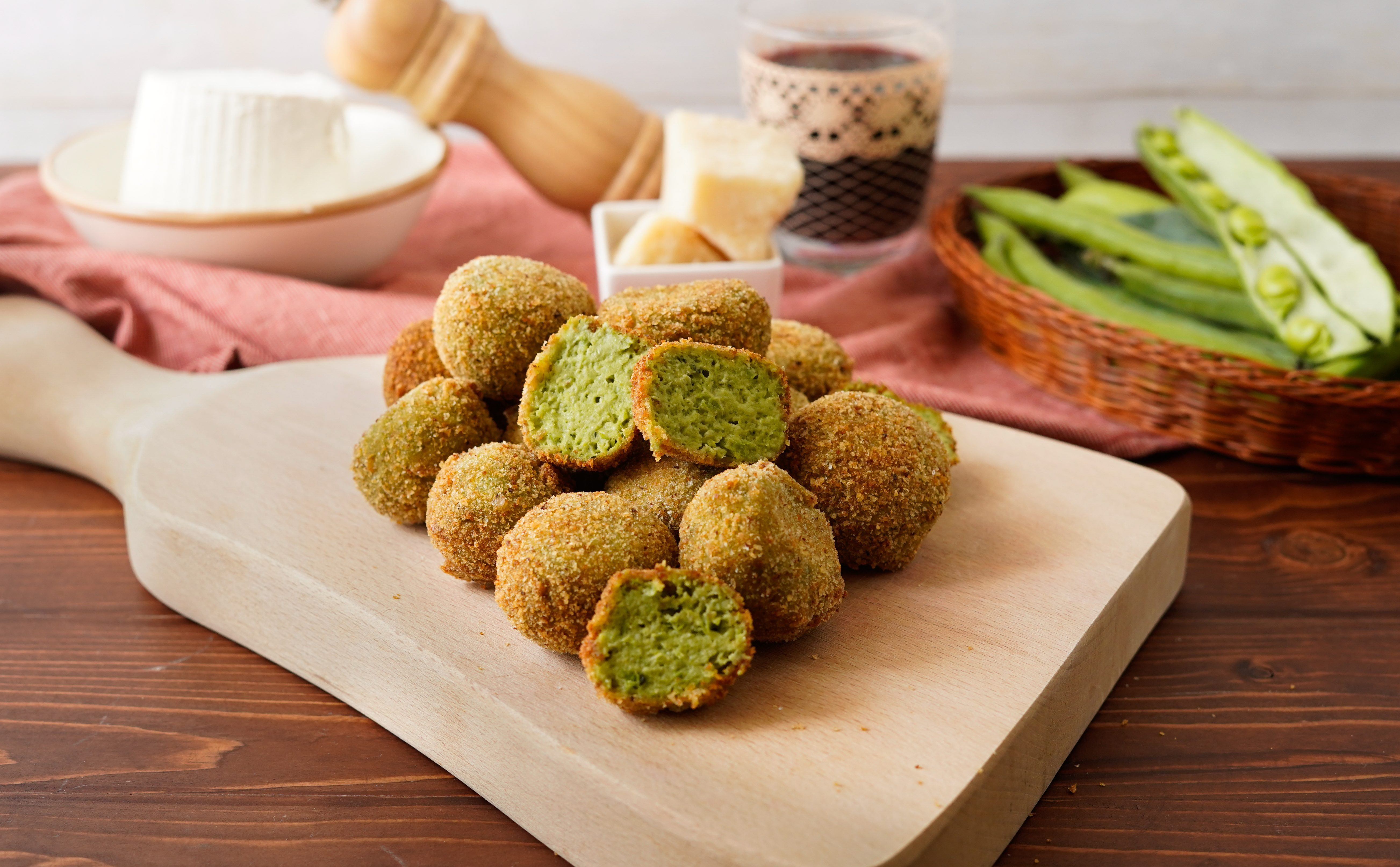 Polpette di fave: la ricetta dell'antipasto vegetariano leggero e sfizioso