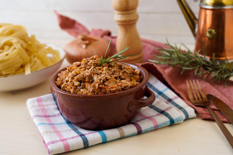 Ragù di cortile: la ricetta del condimento gustoso e delicato