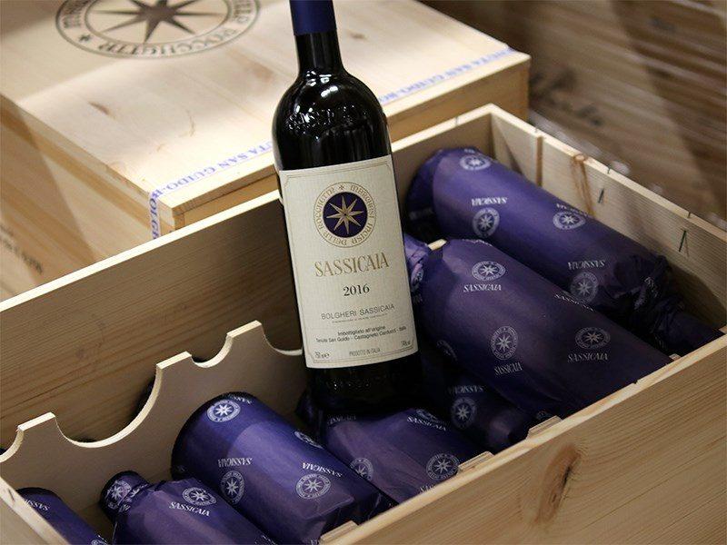Tutti i segreti del Sassicaia: la romantica storia di uno dei vini più ricercati al mondo