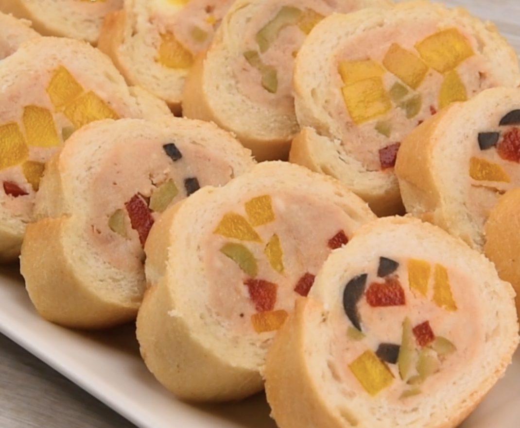 Baguette ripiena di tonno e peperoni: la ricetta dell'antipasto freddo semplice e sfizioso