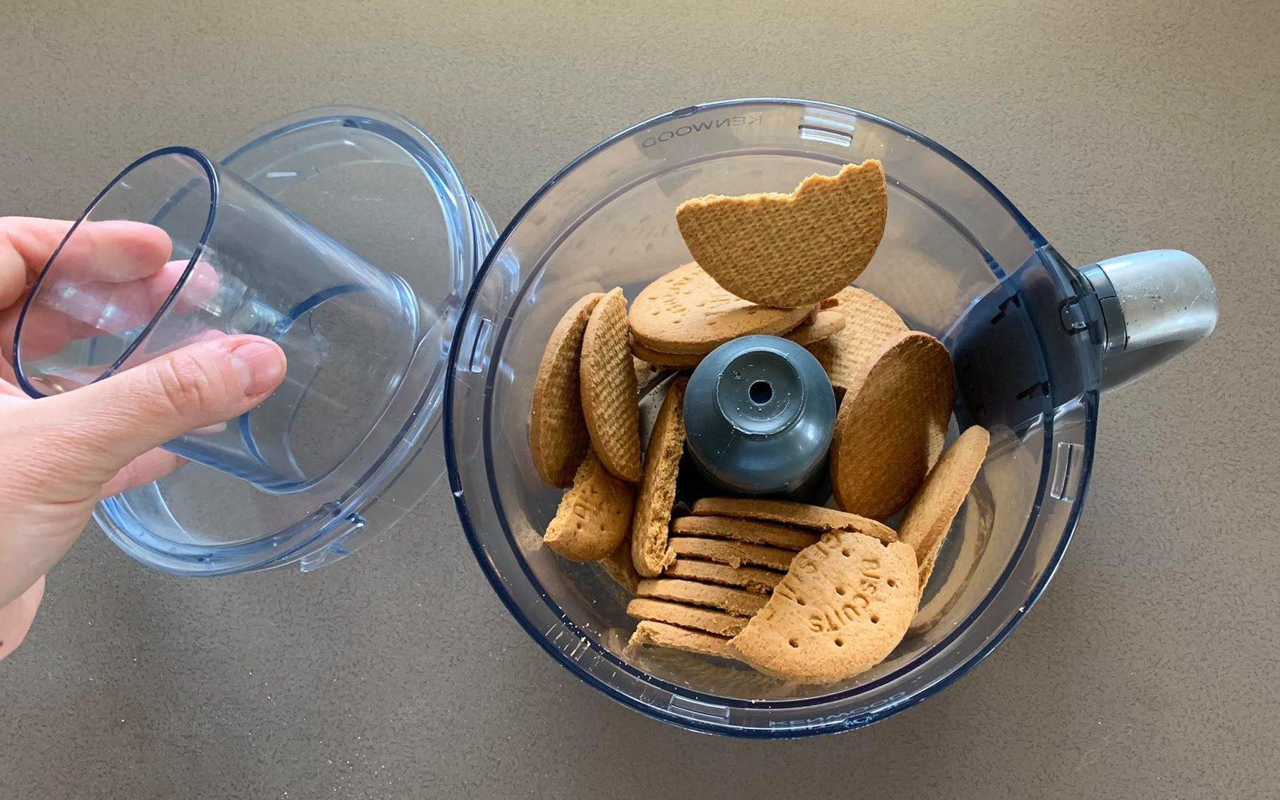 frullare biscotti