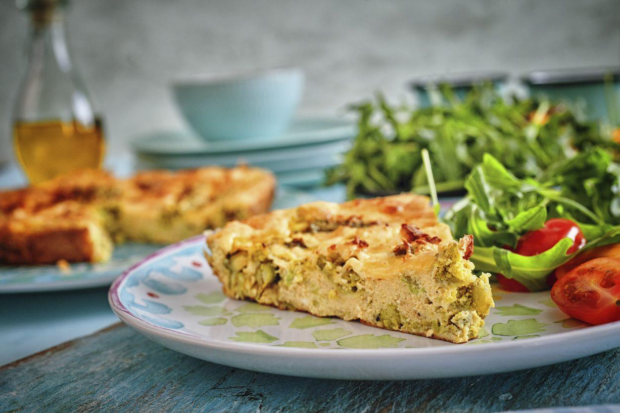 Frittata di asparagi e patate: la ricetta della pietanza sfiziosa e saporita