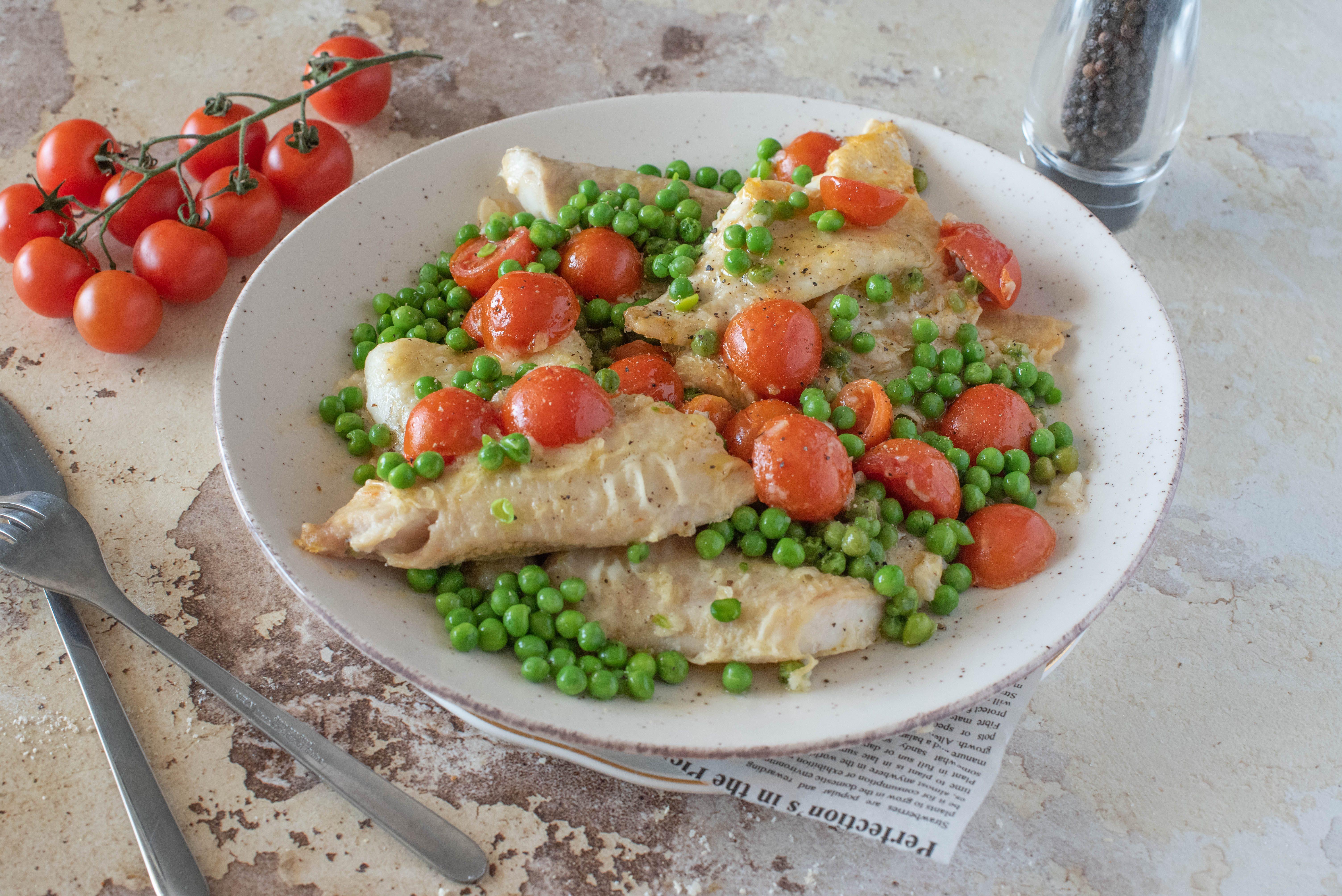 Merluzzo con piselli: la ricetta del piatto semplice e adatto ai bimbi