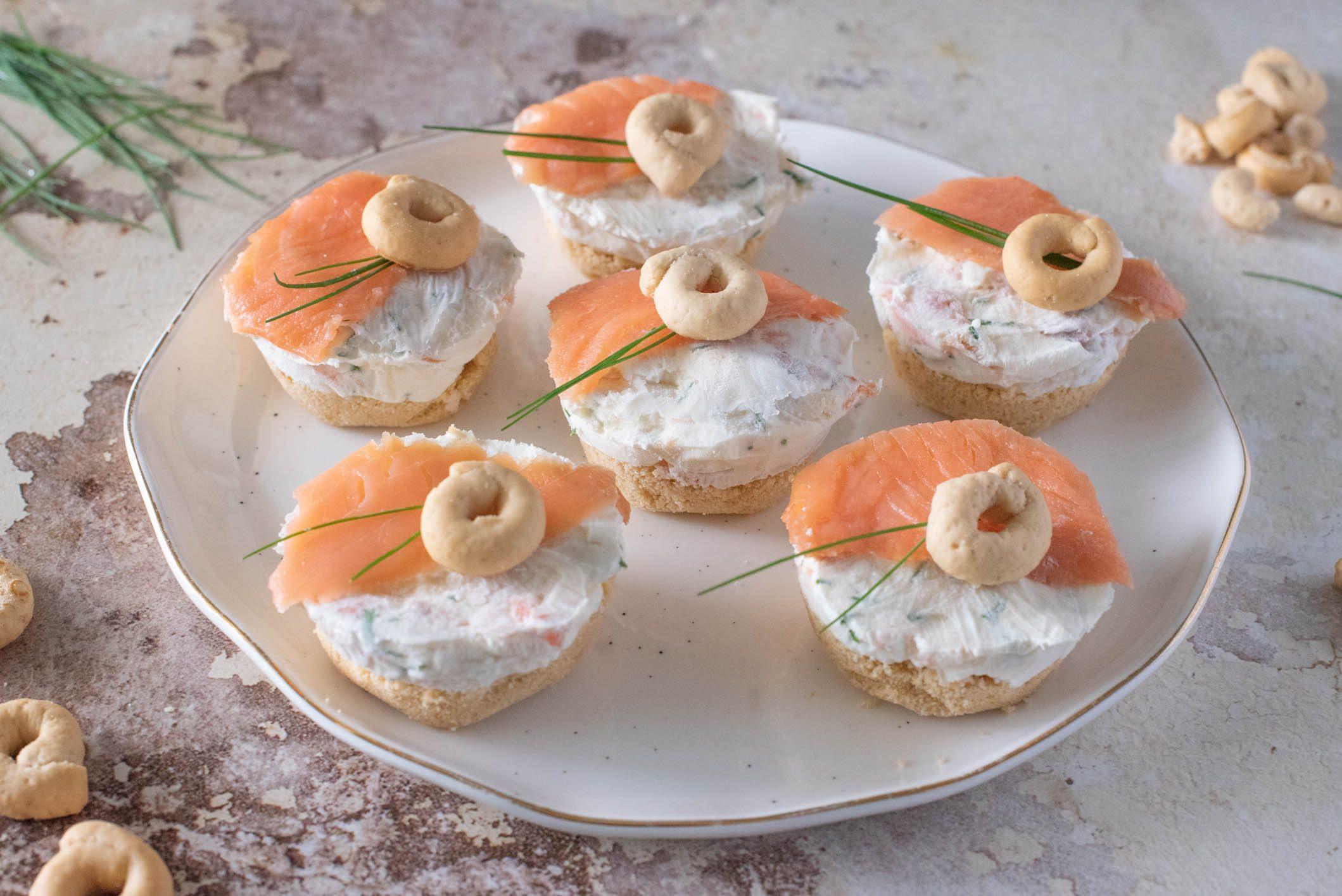 Mini cheesecake al salmone: la ricetta dell'antipasto sfizioso ed elegante