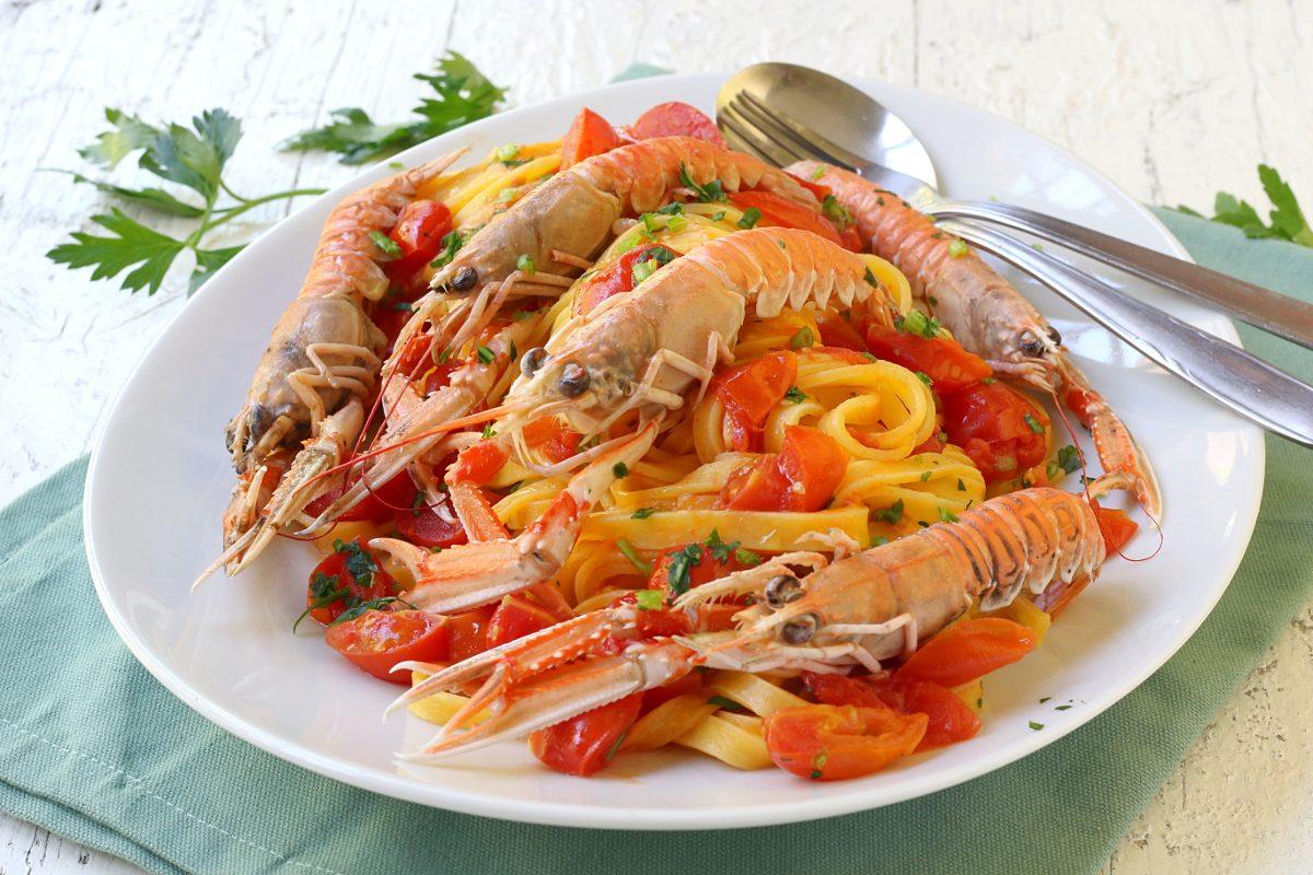 Pasta alla busara: la ricetta del primo di mare semplice e gustoso