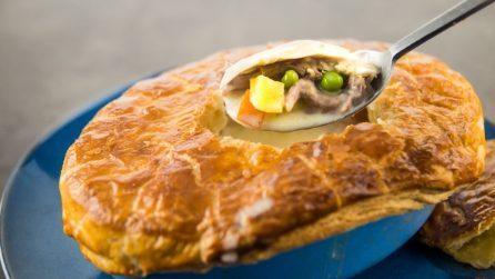 Pasticcio di pollo in crosta: la ricetta semplice e deliziosa con crosta croccante