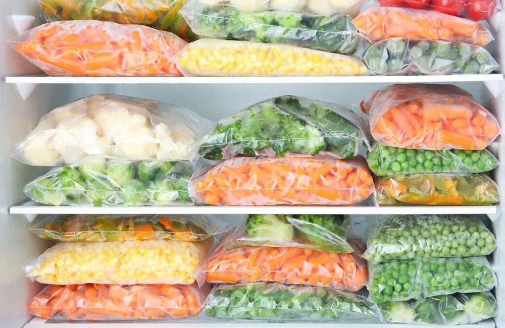 Alimenti da non congelare mai: 8 cibi da non mettere in freezer