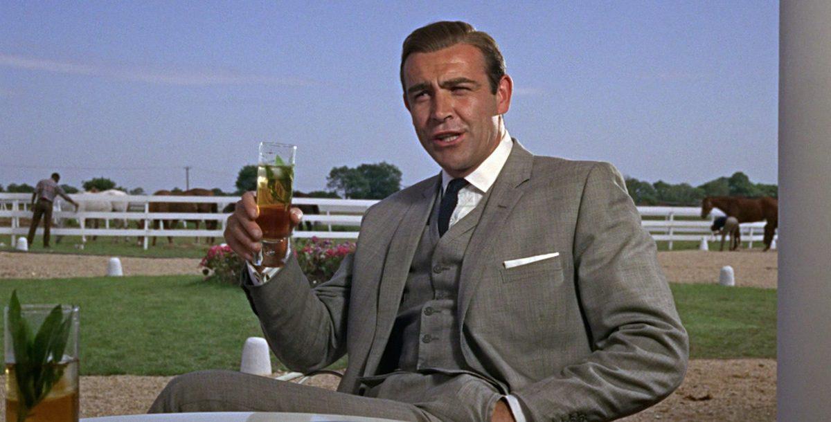 World Cocktail Day: quali sono i 10 drink importanti della storia del cinema