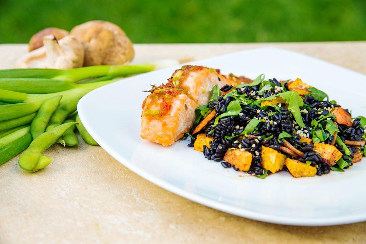 Come cucinare il riso nero: ricette e idee per prepararlo in modo sfizioso