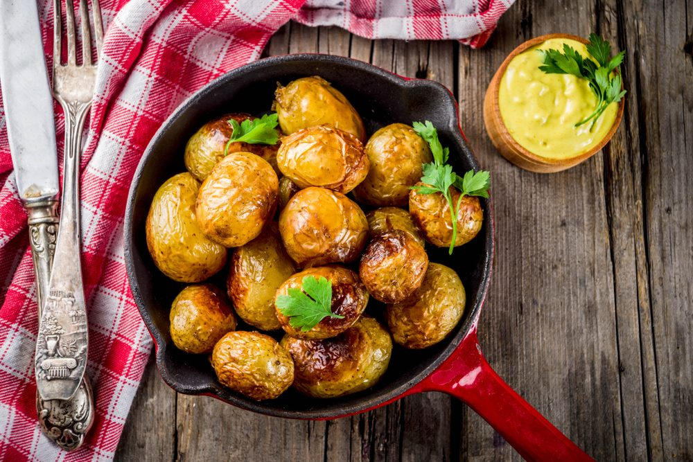 Come cucinare le patate novelle: 5 ricette semplici e golose