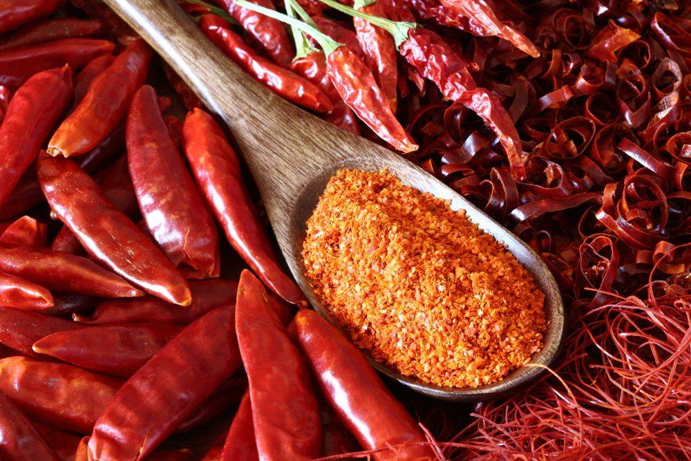 Peperoncino: storia, benefici, controindicazioni e come usarlo al meglio in cucina