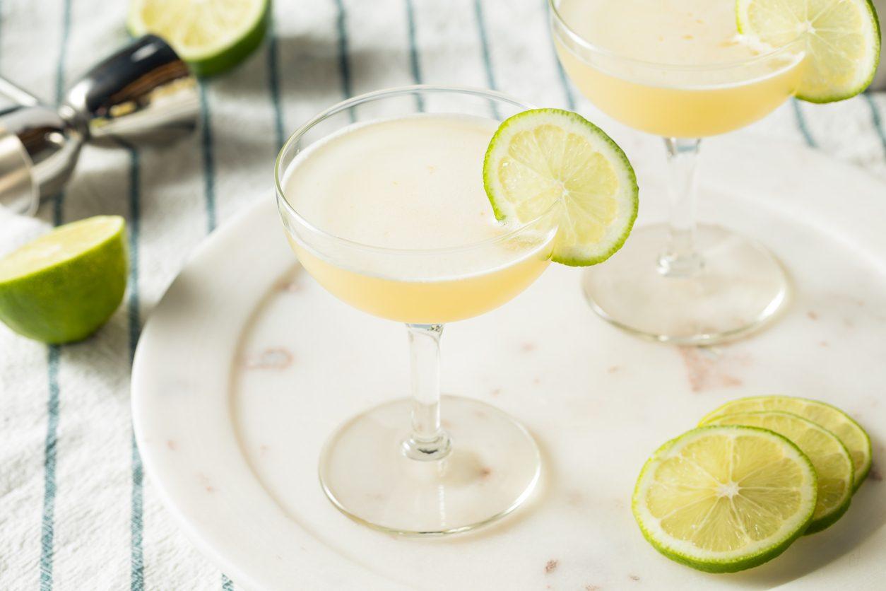 Gimlet cocktail: la ricetta del drink a base di gin e lime cordial
