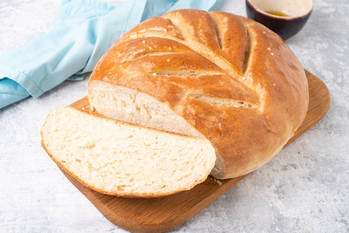 Pane in pentola: la ricetta del pane alto e soffice, ideale per i principianti