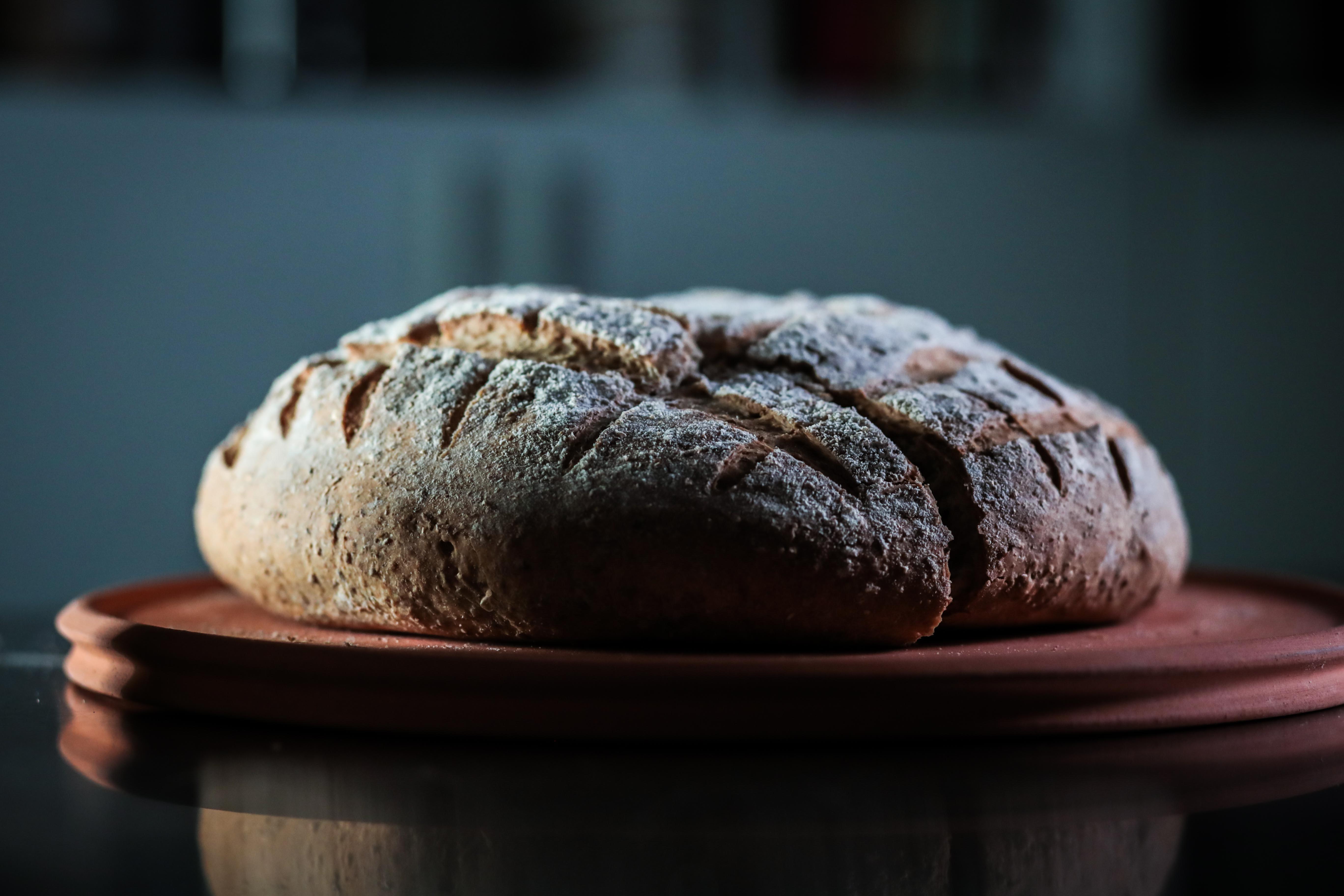 Happennino e il pane uniscono l'Italia a tavola nel nome di Dante Alighieri