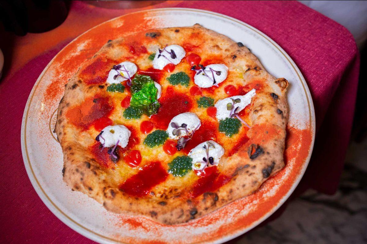 È nata la prima pizza che non fa ingrassare: ecco tutti i segreti della pizza E.V.A.