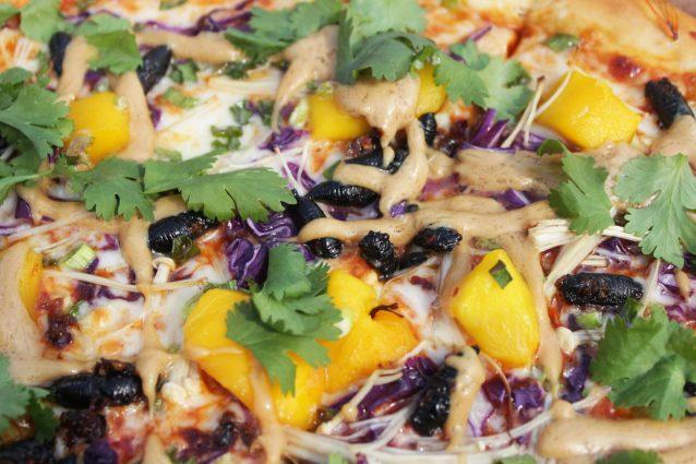pizza con le cicale thai