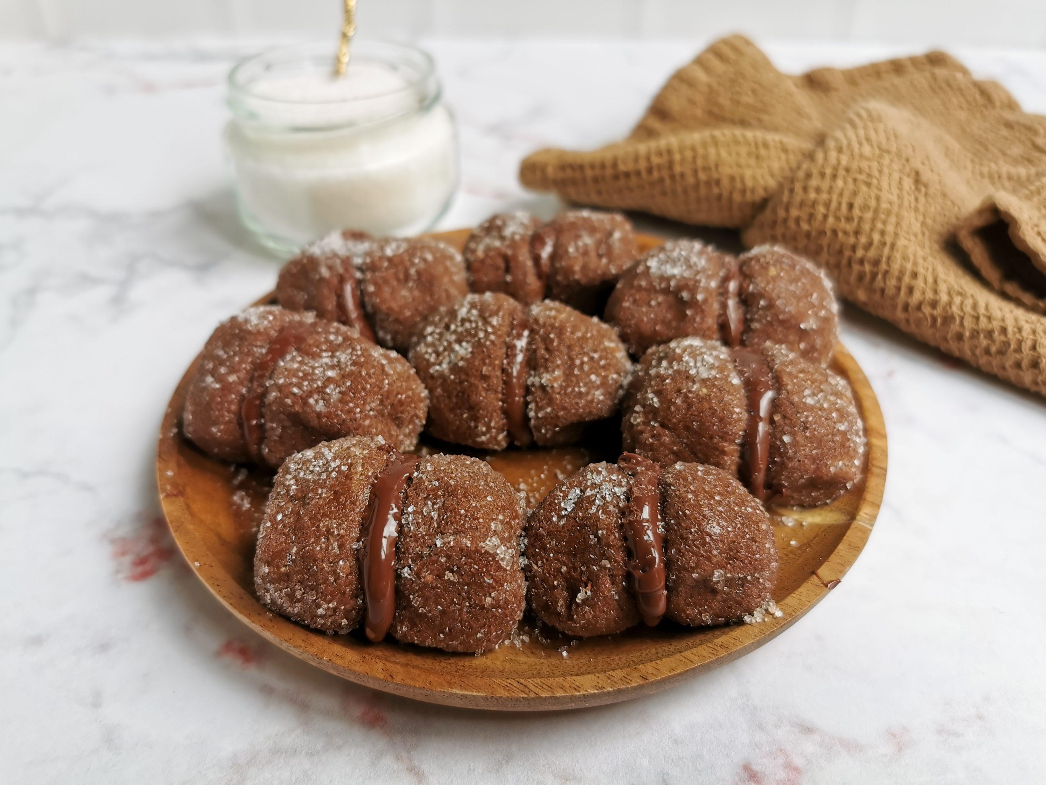 Baci freddi alla crema di nocciole: la ricetta dei dolcetti facili e golosi