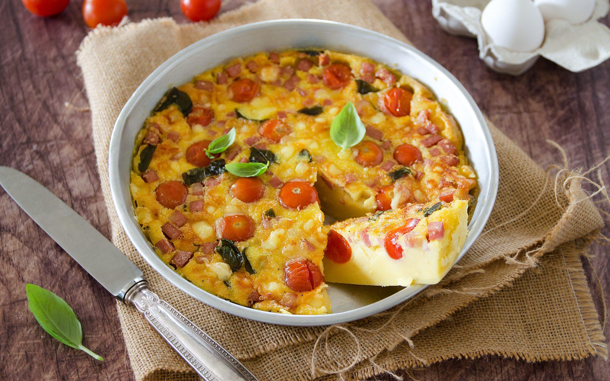 Clafoutis salato: la ricetta gustosa con mortadella e pomodorini