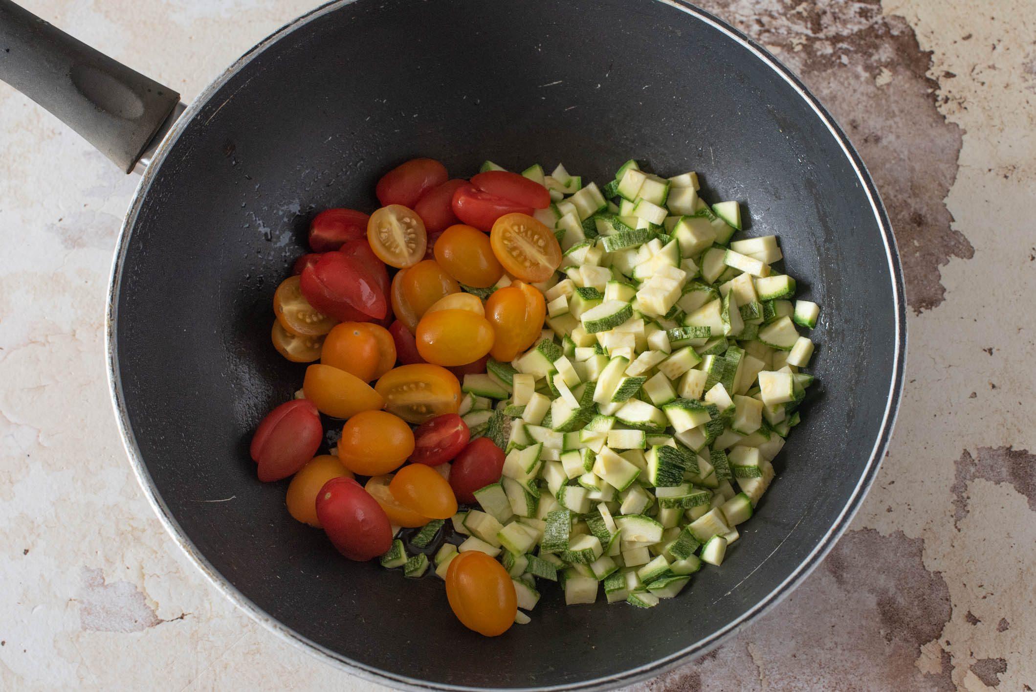 cous cous vongole e zucchine
