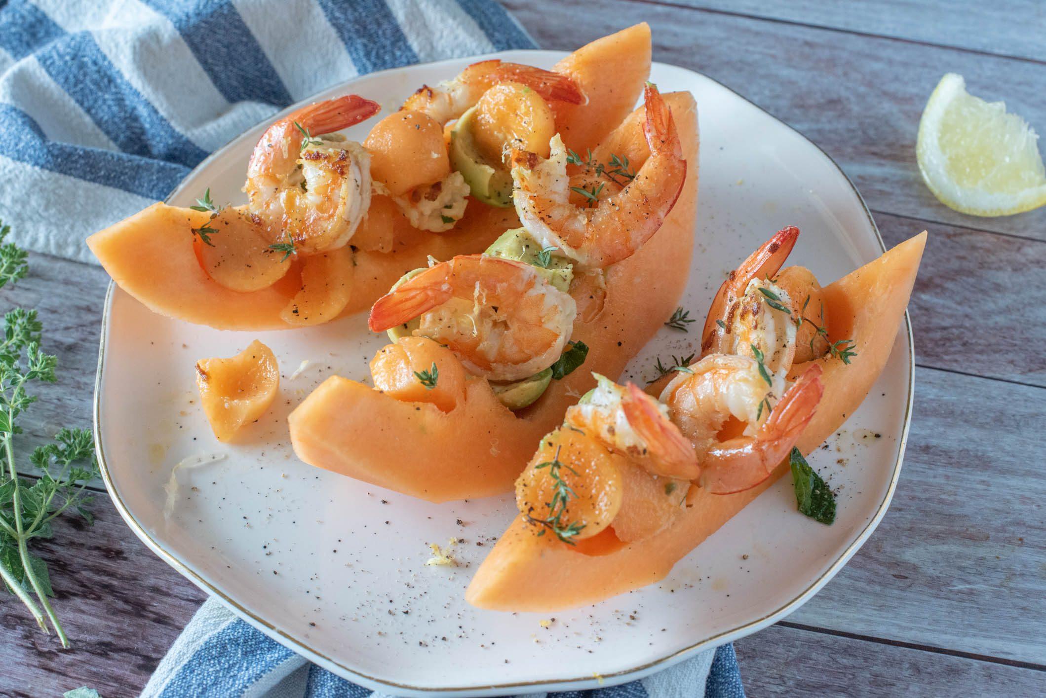 Insalata di melone e gamberi: la ricetta dell'antipasto fresco e delizioso
