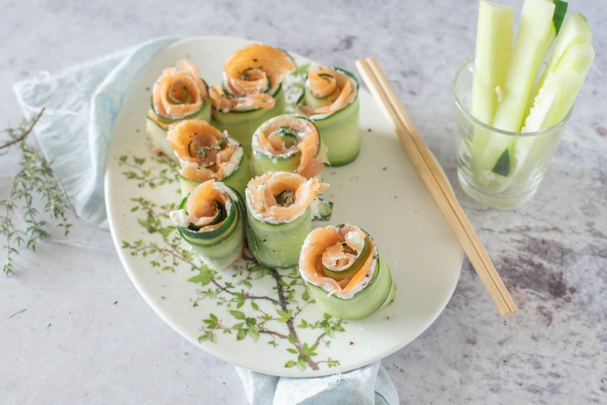 Involtini di salmone e cetrioli: la ricetta dell'antipasto fresco e super light