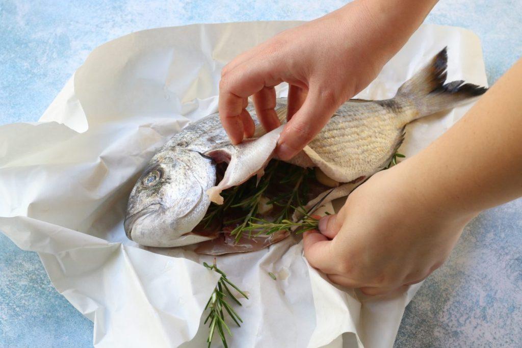 condire il pesce