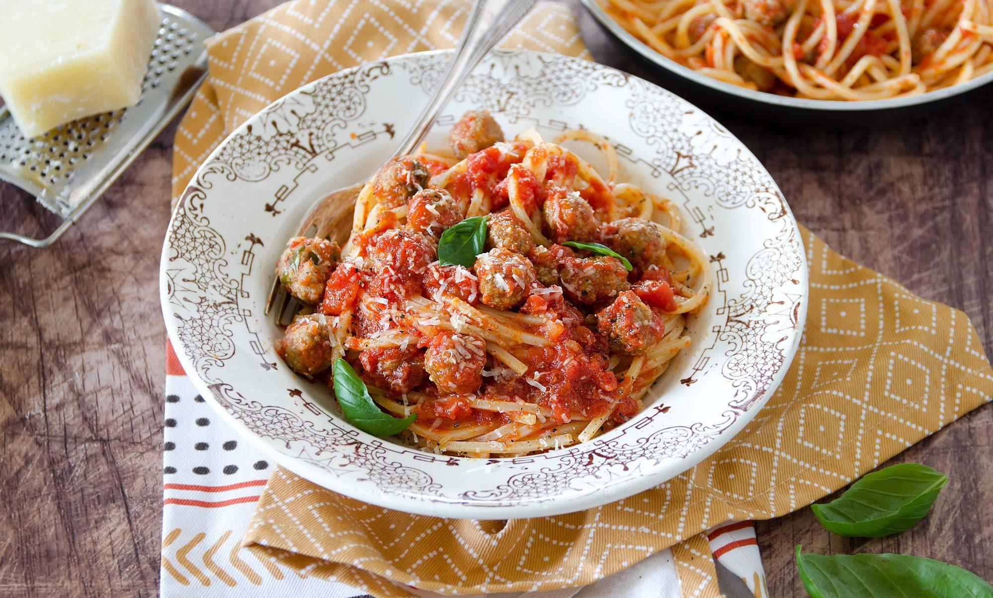 Spaghetti alla chitarra con pallottine: la ricetta del primo piatto tipico abruzzese