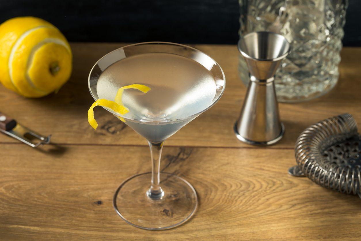 Vesper Martini: la ricetta, la storia e la preparazione del cocktail amato da James Bond